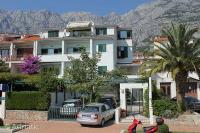 6632 - A-6632-a - apartments makarska near sea