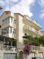 Holiday home 117549 - code 192666 - omis apartment for two person