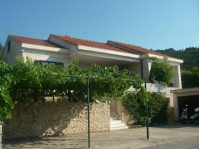 Villa Conte - One-Bedroom Apartment with Sea View (2 Adults) - apartments in croatia