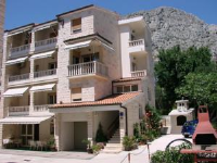 Villa Sladojević - One-Bedroom Apartment with Balcony - omis apartment for two person
