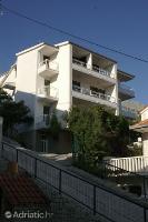 945 - A-945-b - omis appartement pour deux personnes