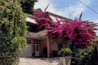 949 - A-949-a - Haus Omis