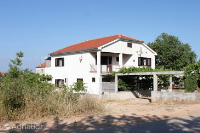 910 - A-910-a - Houses Otok