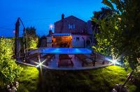 3488 - K-3488 - ile brac maison avec piscine