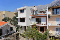 9506 - A-9506-a - apartments makarska near sea