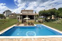 7092 - K-7092 - ile brac maison avec piscine