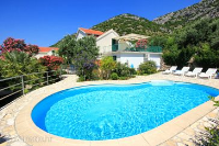 10253 - K-10253 - island brac house with pool