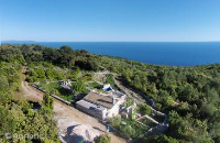 10068 - K-10068 - island brac house with pool