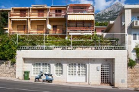 8817 - A-8817-a - apartments makarska near sea