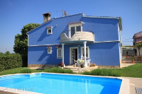 7458 - A-7458-b - island brac house with pool