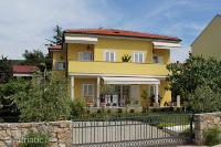 5408 - A-5408-a - croatia house on beach