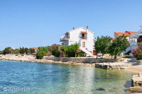 4101 - A-4101-a - croatia house on beach