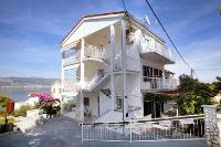 972 - A-972-a - Houses Slatine