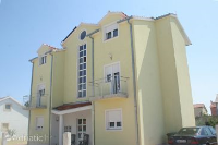 4210 - A-4210-a - Houses Vodice