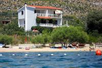 471 - A-471-a - croatia house on beach