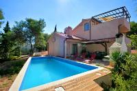 8731 - K-8731 - island brac house with pool
