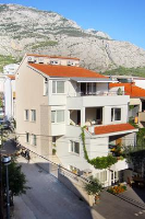 6740 - A-6740-a - apartments makarska near sea