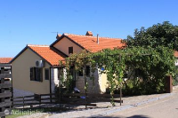 7190 - A-7190-a - croatia house on beach
