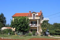 7149 - A-7149-a - croatia house on beach