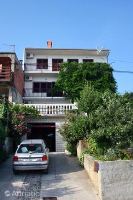 5493 - A-5493-a - Houses Crikvenica
