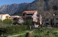 5264 - A-5264-a - apartments makarska near sea