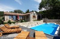 6193 - K-6193 - island brac house with pool