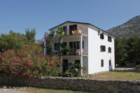 6647 - A-6647-a - Houses Starigrad