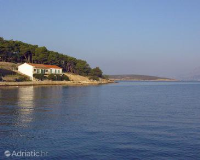762 - A-762-a - croatia house on beach
