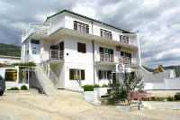 4323 - A-4323-a - croatia house on beach