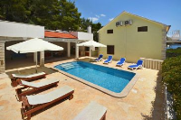 9266 - K-9266 - island brac house with pool