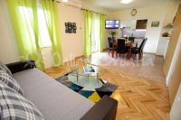 Apartment Jela (id: 1627) - Apartment Jela (id: 1627) - Apartments Split