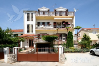 Holiday home 157046 - code 151461 - Apartments Brodarica