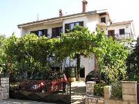 Holiday home 101173 - code 1253 - Apartments Porec