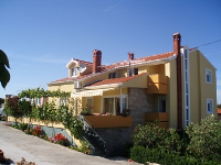 Holiday home 131564 - code 198630 - Otok