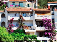 Holiday home 104759 - code 171603 - apartments makarska near sea