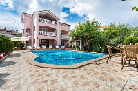 Holiday home 154765 - code 146902 - apartments in croatia