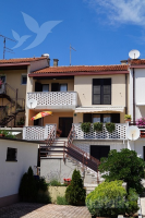 Holiday home 139368 - code 115989 - Rooms Trstenik