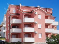 Holiday home 166245 - code 170343 - Apartments Novalja