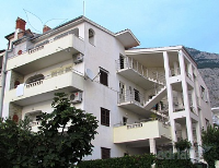 Holiday home 154044 - code 145802 - apartments makarska near sea