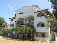 Holiday home 158793 - code 154808 - Apartments Porec