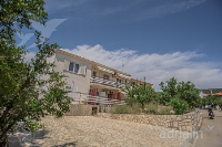 Holiday home 156901 - code 151715 - Apartments Cres