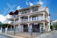Holiday home 158821 - code 154858 - apartments trogir