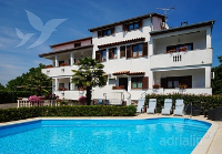 Holiday home 155967 - code 149140 - Apartments Funtana