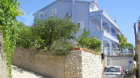 Holiday home 162368 - code 162555 - apartments trogir