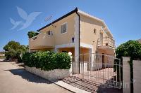 Holiday home 176763 - code 195006 - Apartments Lokva Rogoznica