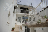 Holiday home 160321 - code 158090 - apartments makarska near sea