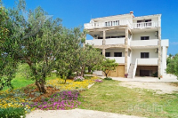 Holiday home 167145 - code 172890 - Apartments Povljana
