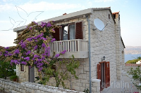 Holiday home 165573 - code 169008 - Apartments Postira