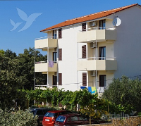 Holiday home 165000 - code 167940 - Apartments Petrcane