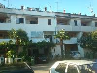 Holiday home 140144 - code 126880 - Apartments Porec